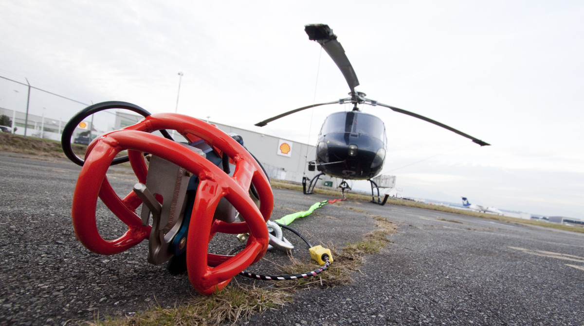 Helicopter Longline and Hook